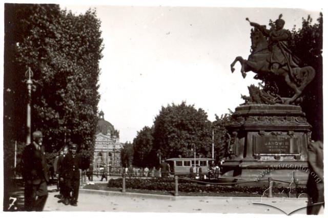 Пам'ятник королю Яну III Собеському у Львові