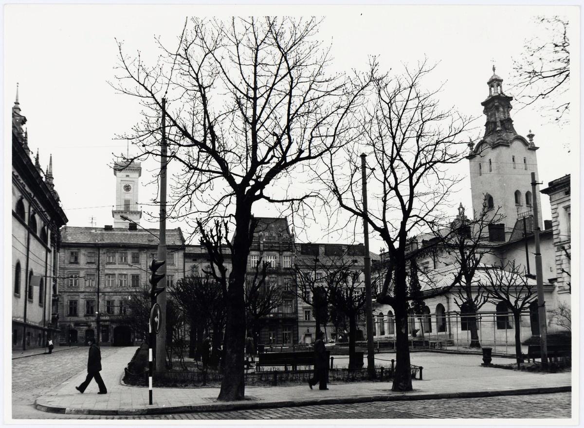 Площа Івана Підкови, 1970-ті рр.