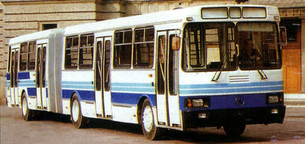 Зічленований автобус ЛАЗ-6205, побудований на базі моделі 5252. 1995 рік.