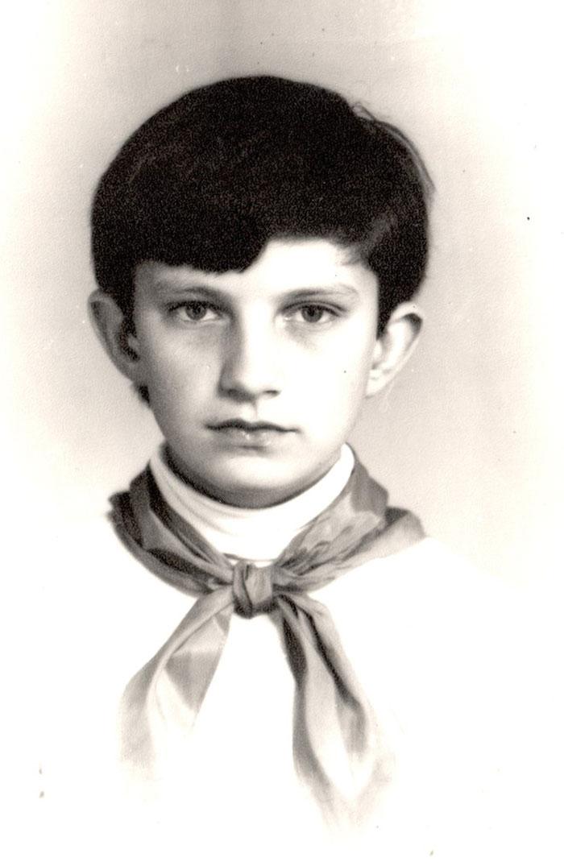 Фотографія з дошки пошани в музичній школі, 5 клас.