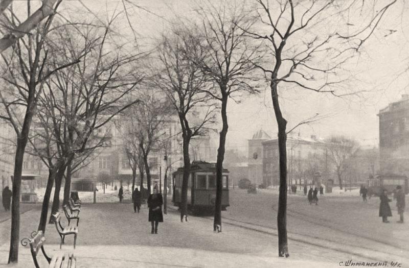Площа Галицька у Львові, зима 1941 року. Фото Сергія Шиманського