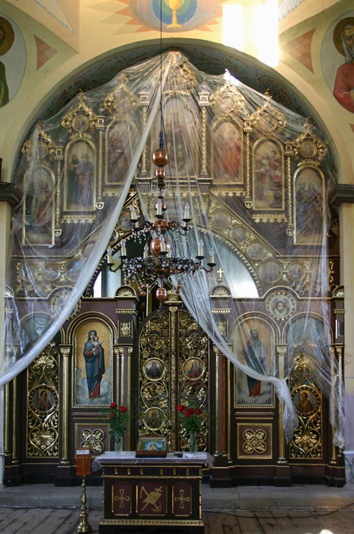 Вівтарна частина церкви Св.Вм. Дмитрія у селі Лука Золочівського району Львівської області